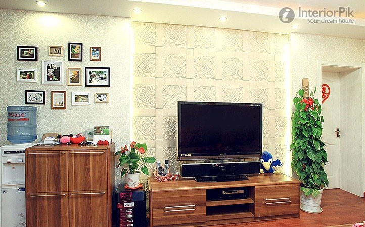small-apartment-wall-carved-white-tv-effect-picture-of-walls-of-gypsum-board-walls-of-the-tv